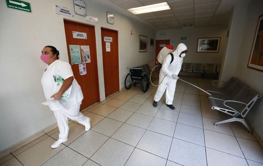 Mexican health workers protested a lack of protective gear. Now they are getting COVID-19