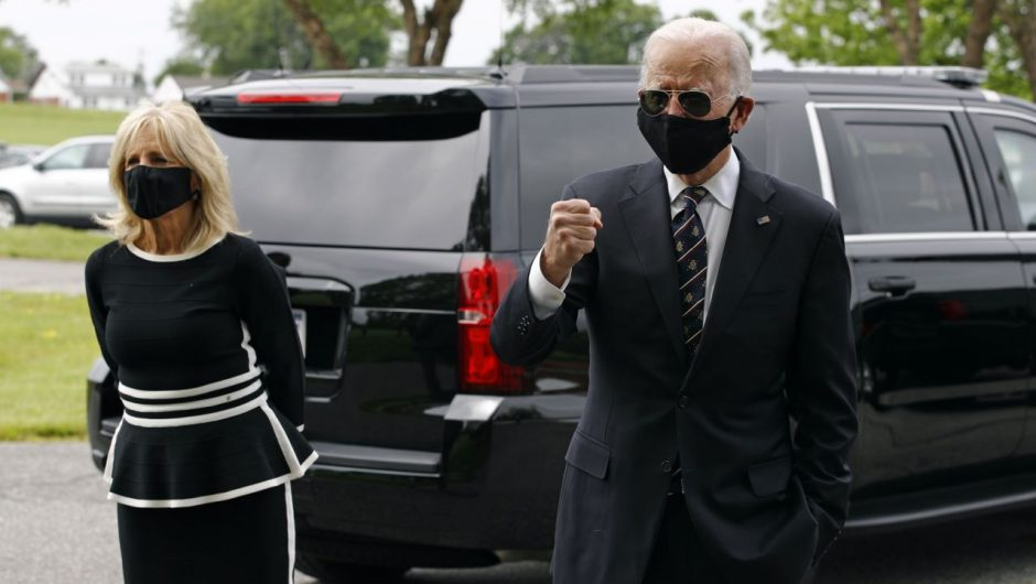 Biden says nation grieves for 100,000 US coronavirus victims