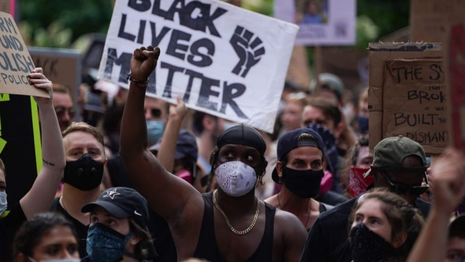 Black Lives Matter protests have not caused spike in coronavirus cases, study finds