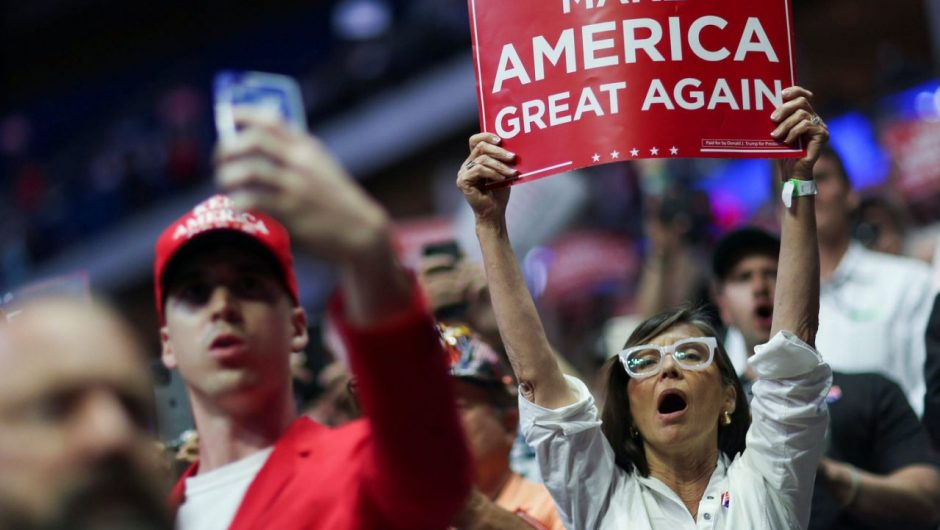 A journalist who covered Trump's Tulsa rally tests positive for COVID-19