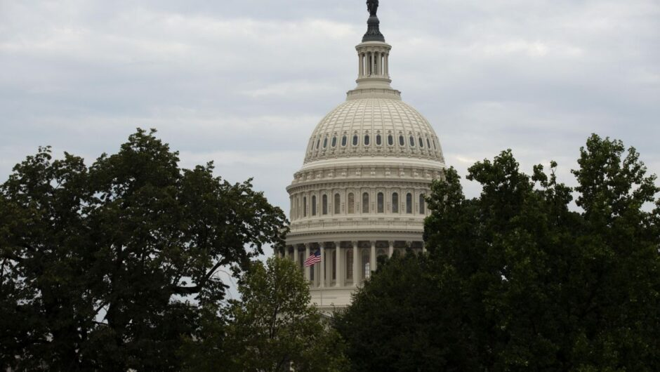 Senate Republicans look to roll out targeted coronavirus relief bill