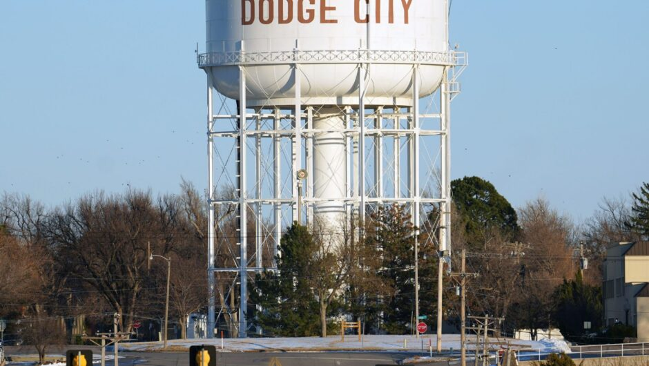 A small town dragged its feet on COVID-19 mask mandates. Now residents are paying the price.