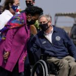 'RIP Texas' trends after Gov. Abbott lifts COVID-19 mask mandate, reopens state 100%